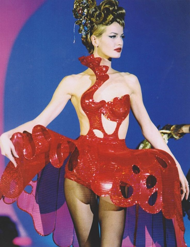 Karen Mulder, Thierry Mugler S/S 1992
