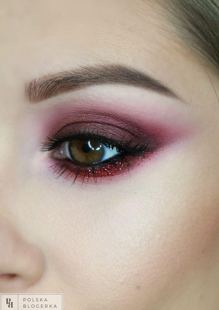 red sparks makeup - video on youtube: maja adamiak