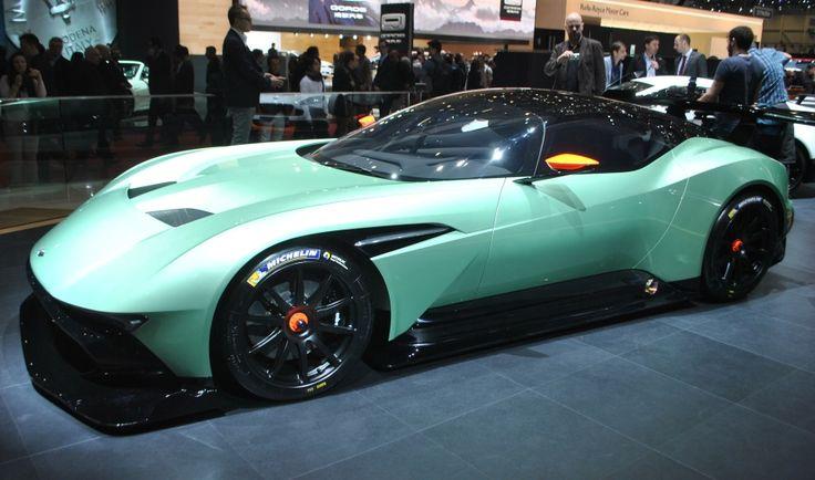 Aston Martin Vulcan : l'extraterrestre du Salon de Genève : Salon de Genève 2015 : les voitures de luxe et de sport à l'honneur - Linternaute