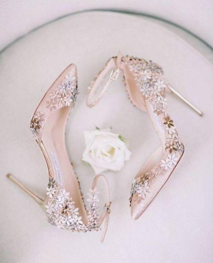 世界の花嫁さまに人気のウエディングシューズ☆5大ブランド|Wedding shoes