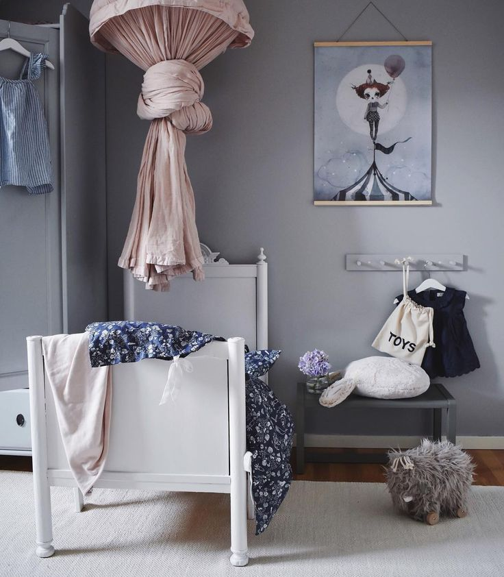 6 Dreamy and Very Different Grey and Pink Bedrooms for Girls