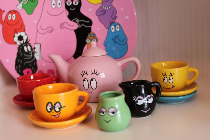 Barbapapa Tea set. Love anything that got to do with them <3