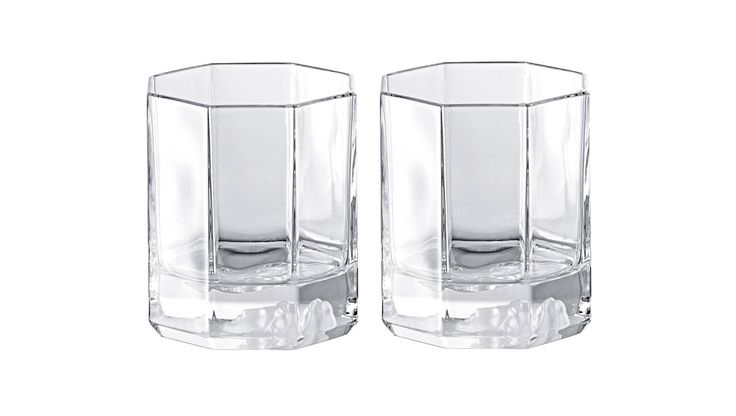 Buy Versace Pair of Medusa Lumiere Whisky Tumblers Online at LuxDeco. Add a fashion flair to your tabletop with this set of two quality crystal whisky tumblers from the sartorial world's sexiest citizen.