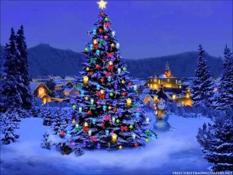 Nada mejor que este Árbol interactivo lleno de buenas y clásicas canciones para comenzar a llenar tu casa de espíritu navideño.