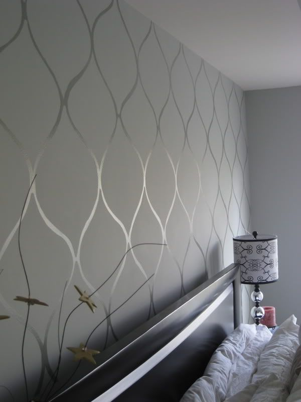 Flat paint, then glossy enamel in the same color create a subtle wallpaper-like look.: Dining Room, Wall Paper, Wallpaper, Master Bedrooms, Accent Walls