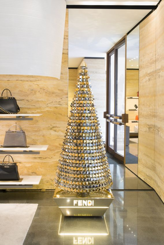 The Fendi tree in Geneva sparkles in silver and gold. Stay tuned for more Fendi Holiday cheer across the globe.