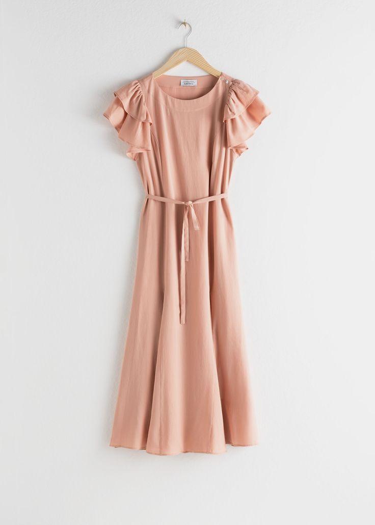 Ruffled Sleeve Midi Dress Ruffled Sleeve Midi Dress Pink Midi Dresses Other Stories Source By Elimoon339 In 2020 Bescheidene Kleider Kleider Schone Kleidung