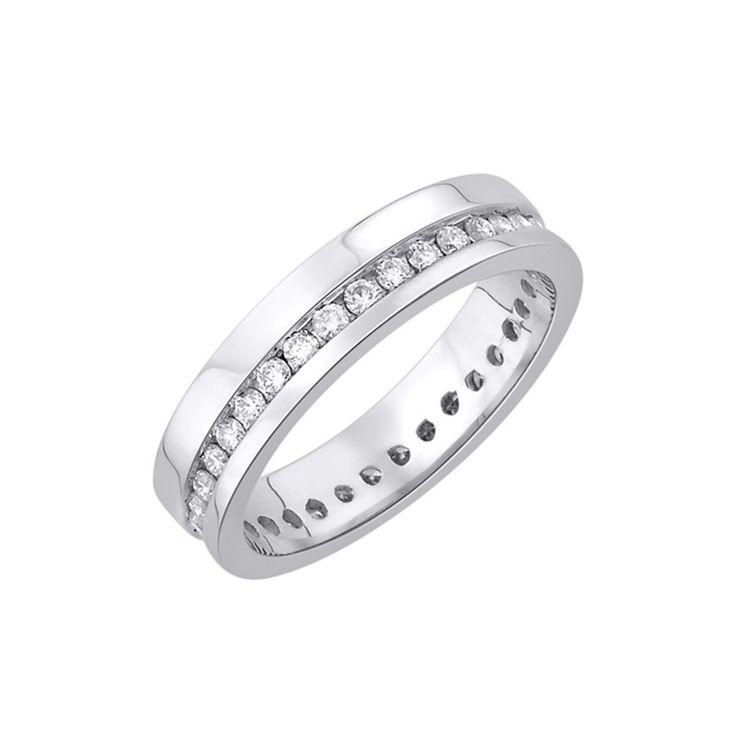 Snubní prsten. 35 Diamantů, briliantový výbrus, váha 0,50 ct., barva H, čistota SI2. Bílé Zlato 0,585. Výška 4 mm. Tloušťka 1,2 mm. K dostání taky další barvy zlata. 35 435 Kč