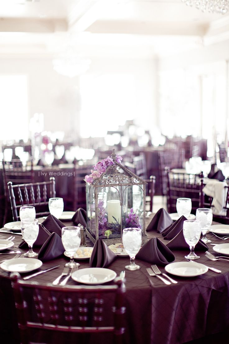 Elegant Purple Tablecloths + Decor For Your Wedding   Photo By Dallas  Photographers   Ivy Weddings