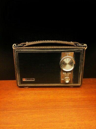 Juliette. Solid State transistor radio.