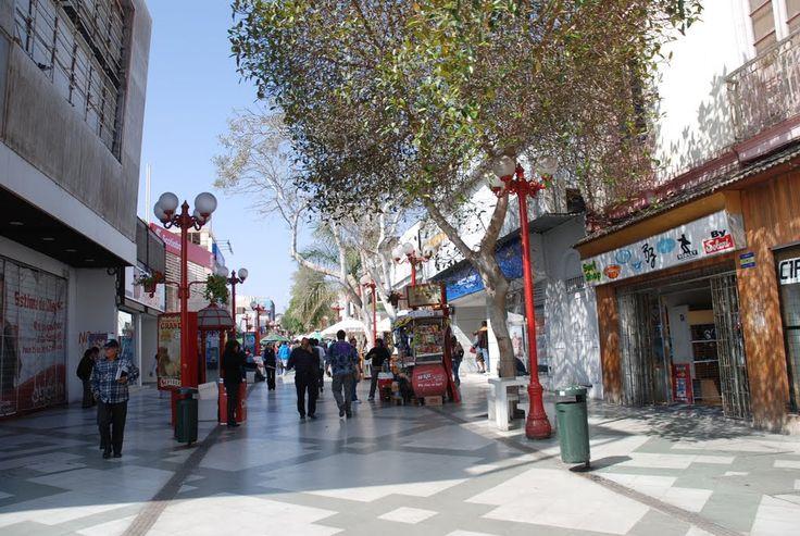 Calle peatonal en centro de Arica,  Arica, Región de Arica y Parinacota, Chile