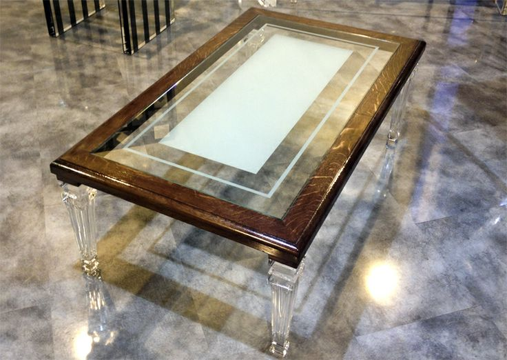 Linea Plexilos | Poliedrica s.r.l. lavorazioni e arredamento in plexiglas. tavolo da salotto Luigi