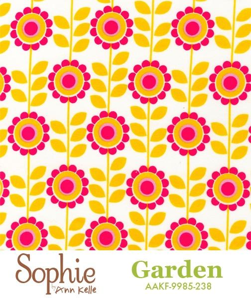 Anne Kelle - Sophie in Garden AAKF-9985-238