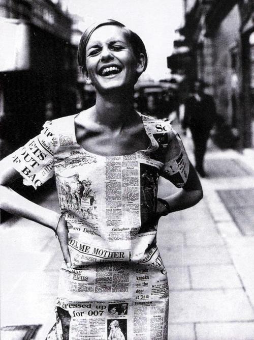 theswinginsixties: Twiggy wearing a newspaper print dress,...