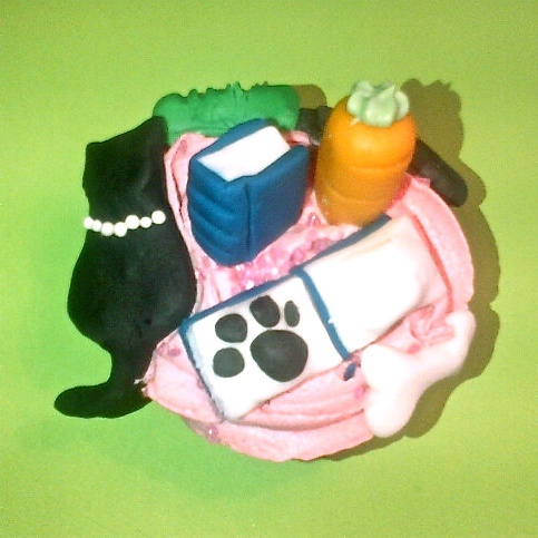 Combining a couples of hobbies on top of one YUMM cupcake