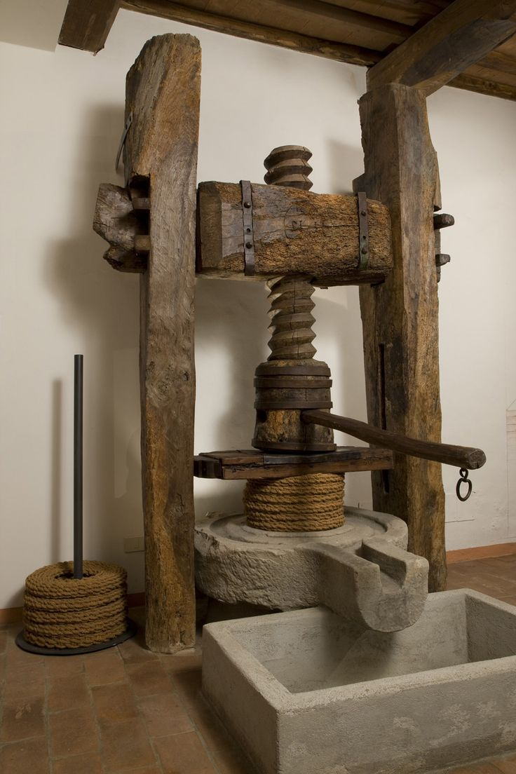 5.-MOO-Museo-dell'Olivo-e-dell'Olio—Fondazione-Lungarotti—Pressa-per-olio