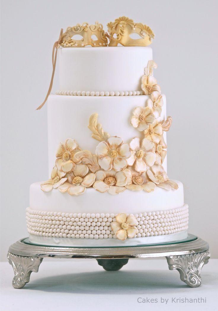 Cakes by Krishanthi; To see more gorgeous wedding cakes: http://www.modwedding.com/2014/05/20/stunning-wedding-cakes-from-cake-by-krishanthi/ #wedding #weddings #wedding_cake