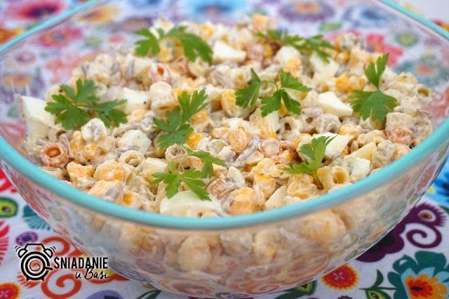 ...Pomysłowe i pyszne śniadania!: Błyskawiczna sałatka makaronowa z jajkiem i słonec...