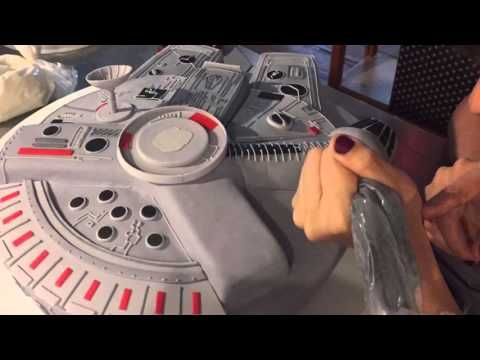 Watch me build a Millennium Falcon cake from start to finish.....in under 3 minutes! - YouTube