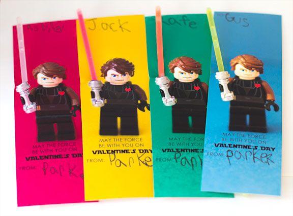 Valentine cards w/ glow sticks.  Boy peep would love this.: Glow Sticks, Valentine Idea, Glowstick, Valentines, Star Wars, Wars Valentine, Valentine S, Kid