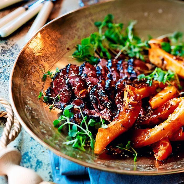 Aasialaisittain maustetut ankanrinnat