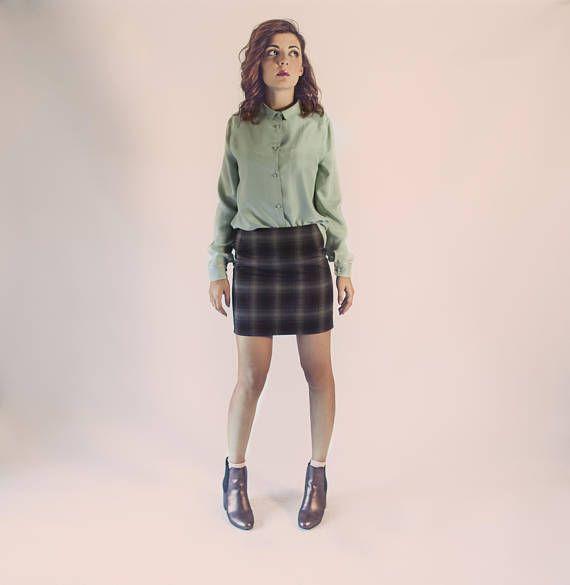 Tartan skirt / christmas outfit / wool plaid skirt / tartan