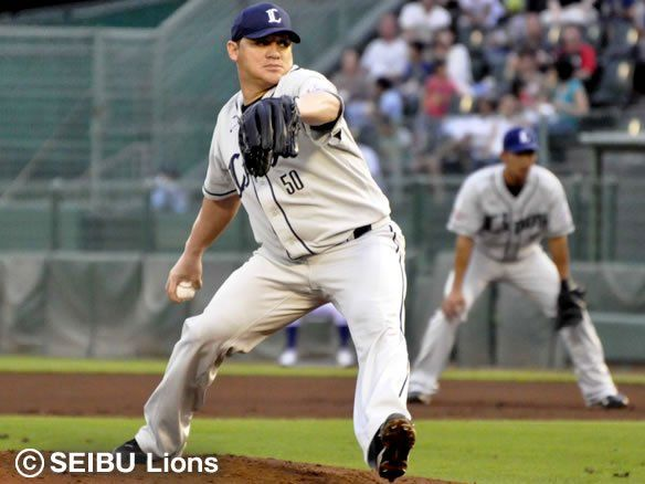 Enrique González, a former Detroit Tiger, celebrates his 30th birthday with the 1st win as a Saitama Seibu Lion at Hotto Motto Field Kobe on Saturday, July 14, 2012.