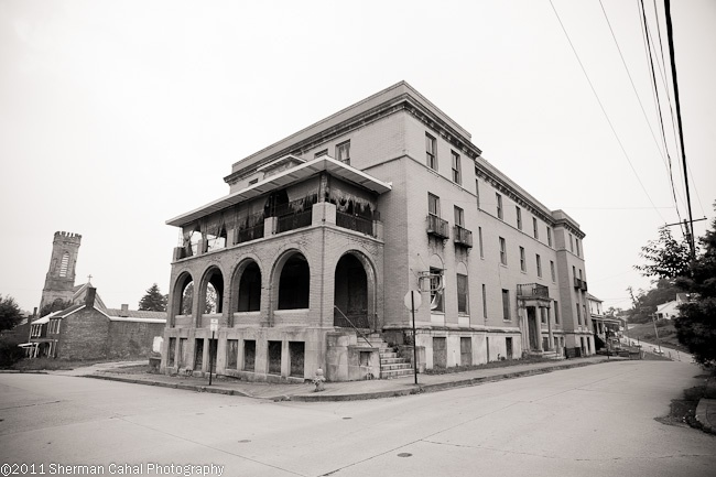 Brownsville general hospital pa abandoned pinterest general hospital and abandoned - Beautiful abandoned places bringing back past memories historical buildings ...