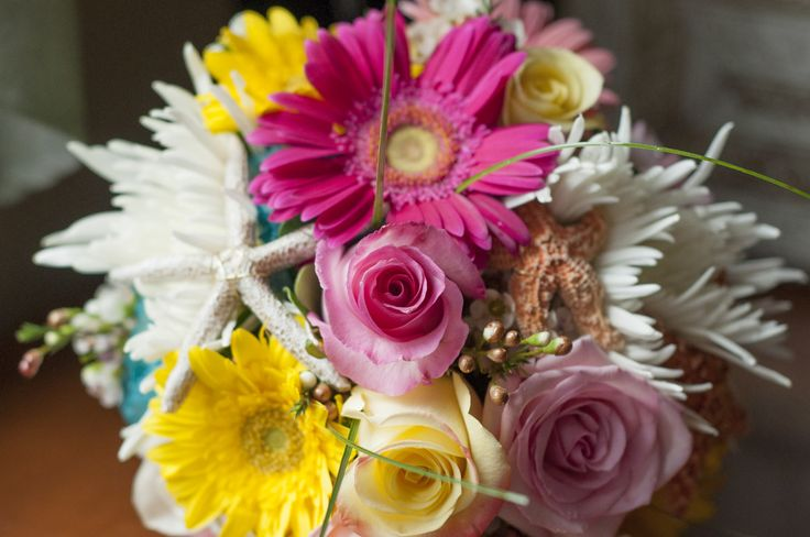 I love this beautiful bouquet! Photography: Playful Moments Photography