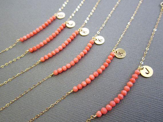 Bracelet corail bijoux Initial mariage de couleur rose par Muse411