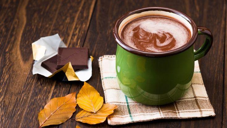 Heiße Schokolade im Becher.