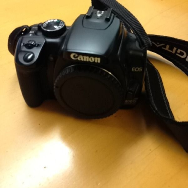 Canon 400 D #shopsmall BUY NOW $250.00