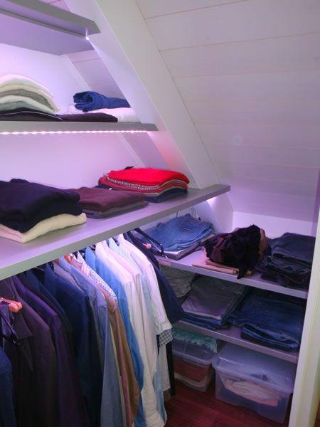Unique Begehbarer Kleiderschrank in Dachschr ge Detail