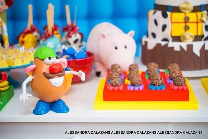 Idea de mesa de dulces cumpleaños Toy Story | Toy Story Birthday ...