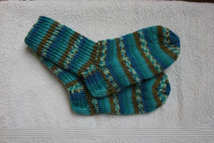 Weiteres - Handgestrickte Socken Gr. 24/25 - ein Designerstück von bastelmaus19 bei DaWanda