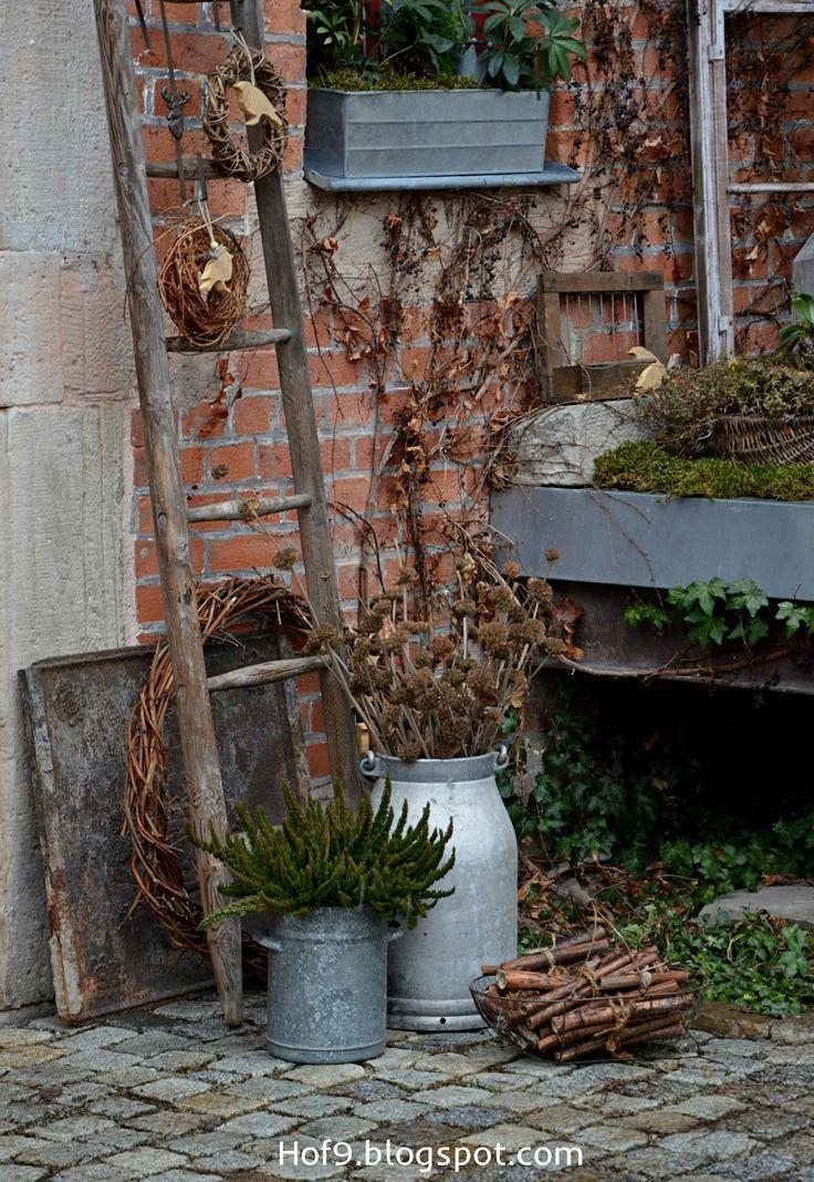 Holzvögel selber bauen, Vögel aus Holz, Christrosen, Gartendekoration im Früh