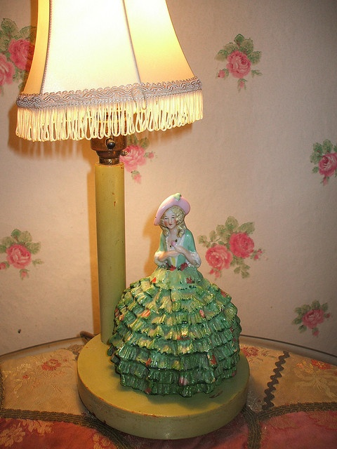 Love this lamp with the little Southern Belle