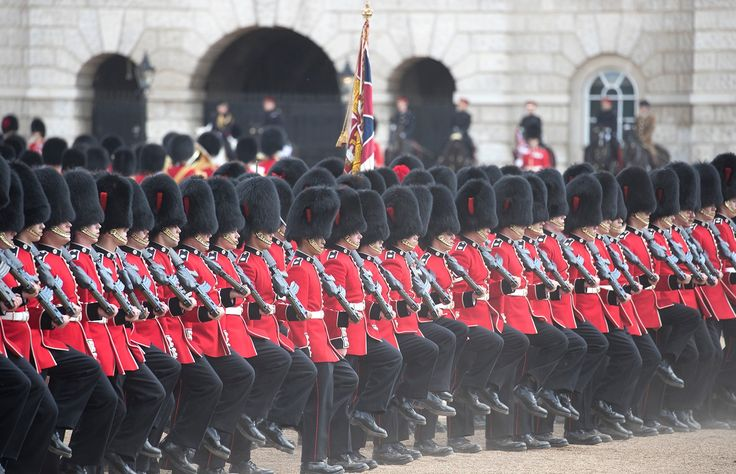 Trooping the colour. - Rehearsal for Trooping of the colour to celebrate the Queen's official birthday.