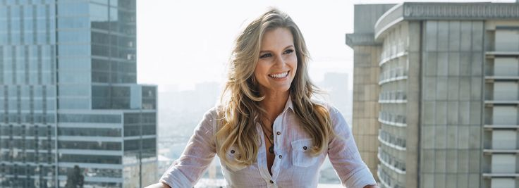 On her favorite vegan makeup line that's equally parts pretty and functional. Chelsey Crisp: http://highbrow.com/chelsey-crisp-actress/