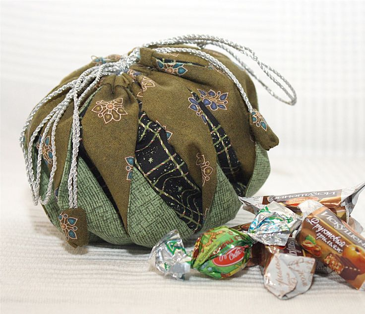 Omiyage Bag  Photo Tutorial. Craft Idea. Step by step DIY. - It may be a bag, but I think it would work for a pumpkin too!