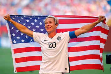 Abby Wambach Running To Her Wife After The World Cup Will Destroy Your Tear Ducts