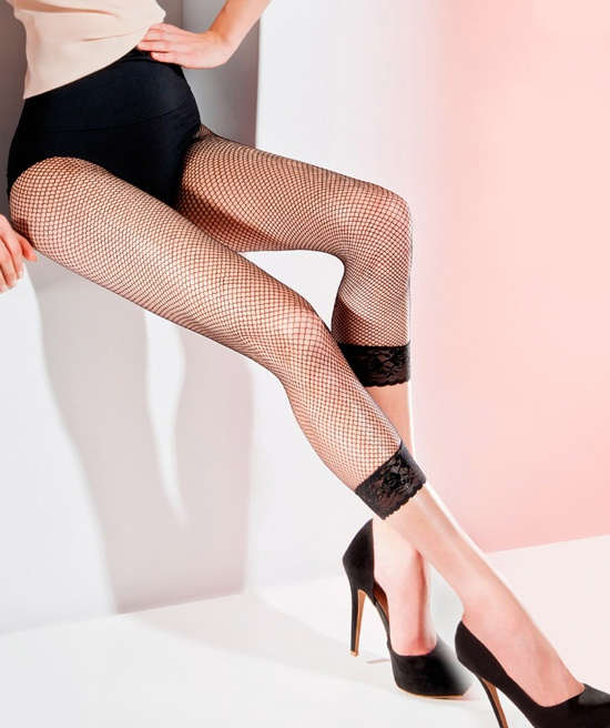 FISHNET LEGGINGS - beautiful and fashionable leggings made in Europe. http://www.avec-moi.com.au/index.php/leggings-footless/fishnet-leggings-detail