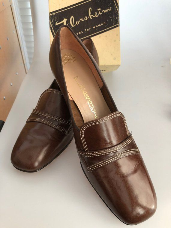 3f19961adf2e1 1960s Vintage FLORSHEIM Shoes Women's Brown Calf Leather Shoes Old ...