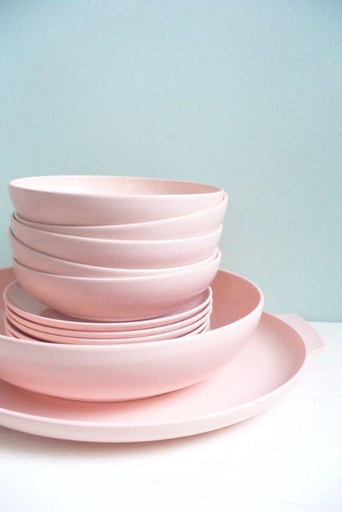 Vintage Lot of Pink Plastic Melmac Melamine Type Dishes Serving Platter Serving…