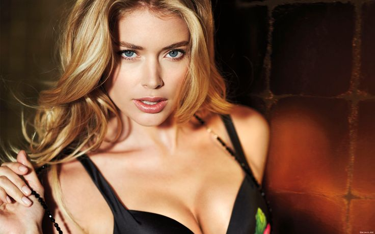 Hot Doutzen kroes HD Wallpaper