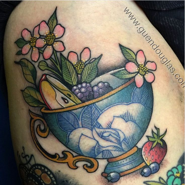 1000 ideas about teacup tattoo on pinterest teapot tattoo tattoos and cup tattoo. Black Bedroom Furniture Sets. Home Design Ideas