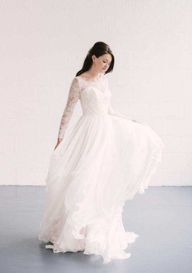 Naomi Neoh Theia Silk Pink Chiffon Gown With Handkerchief Skirt