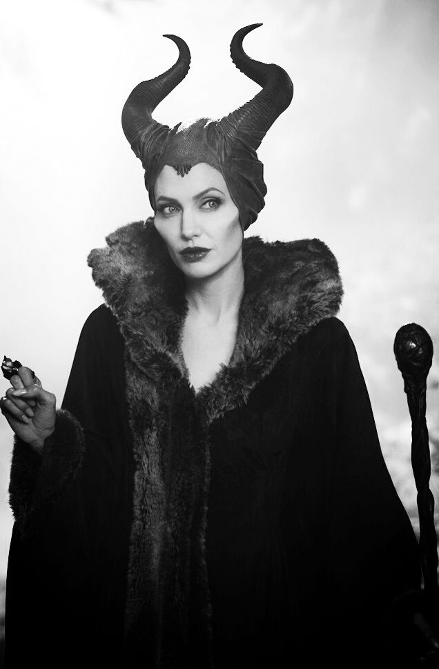 Maleficent // I still haven't seen this movie yeeeet. D: I ended up having to chose between it and X-Men, and well... Guess which one won over? :3 (*growls* What kind of choice is that anyway though?)