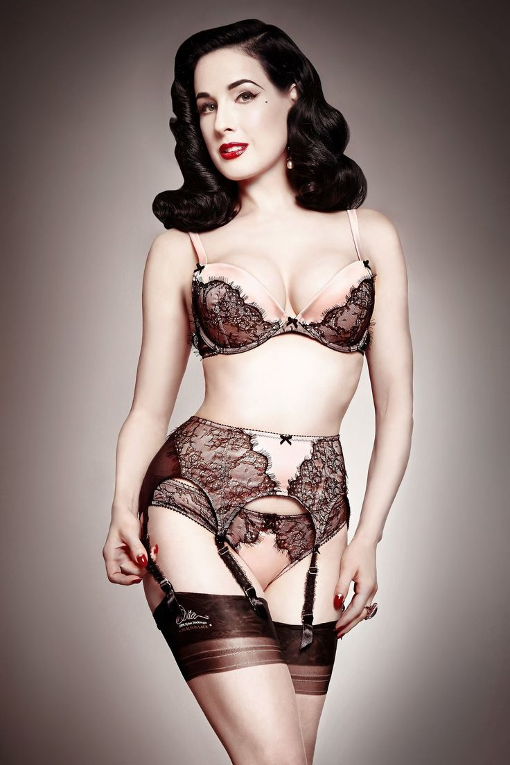 I know the Dita von Teese Lingerie, but never had the chance to see her performing. But it would be great to meet this designer and performer in one of her shows! Something to get on my bucket list.   Dita Von Teese grew up fascinated by the Golden Age of Cinema, pin-up imagery and vintage lingerie...