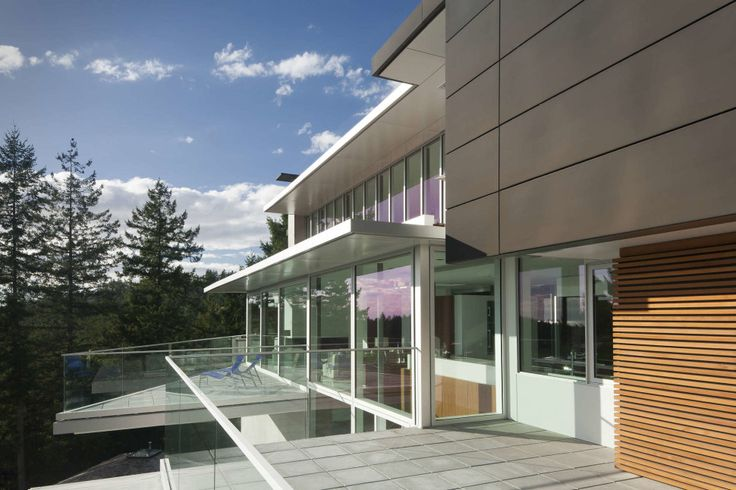 Exterior:Architecture. Balcony Contemporary House In Canada With White Modern Exterior Tile For House Flooring Walls Installation Floor Pain...